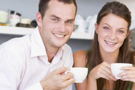 Paare finden sich auf Dating Cafe