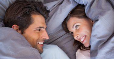 Paar findet sich auf christliche-partner-suche.de